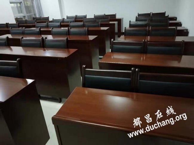 办公桌椅出售